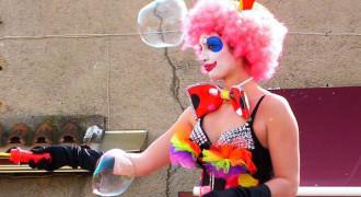 Eklabul enchante le carnaval de Biot
